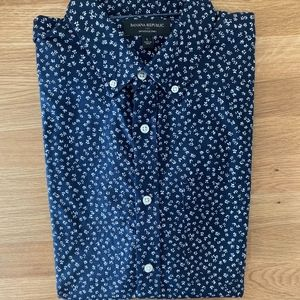 Banana Republic Slim Fit, Untucked Oxford Shirt